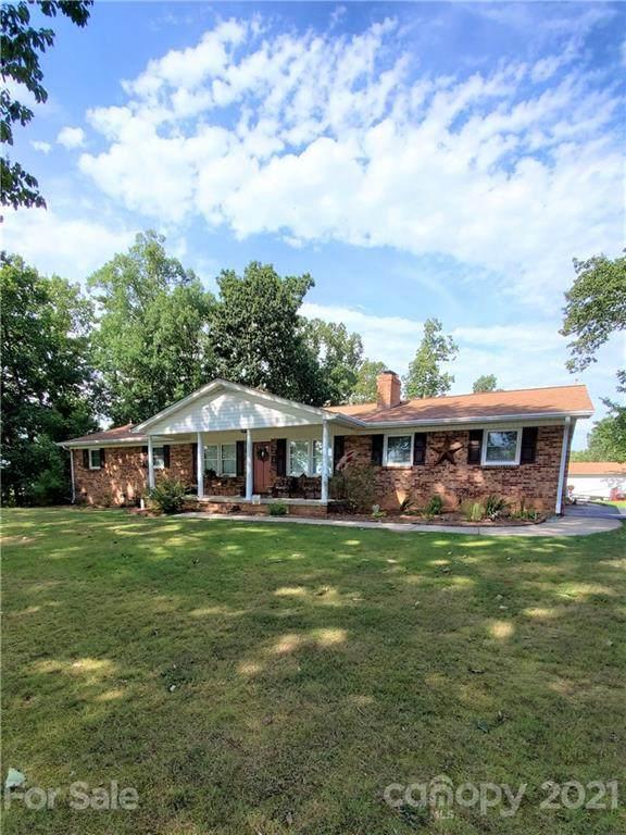 400 Rollingbrook Road, Kings Mountain, NC 28086 (#3798121) :: Lake Wylie Realty