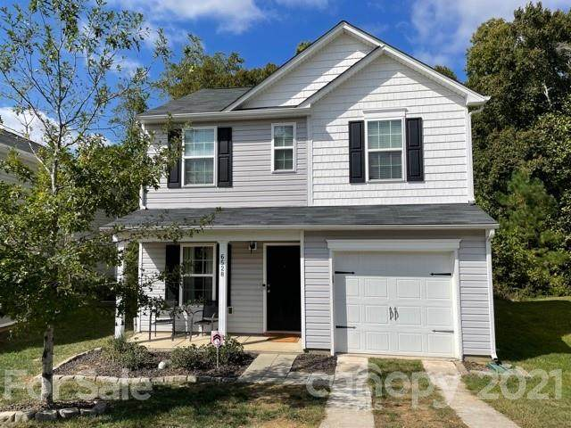 6528 Pennacook Drive, Charlotte, NC 28214 (#3798305) :: Cloninger Properties