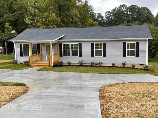 1471 Howard Gap Loop Road, Flat Rock, NC 28731 (#3798756) :: Love Real Estate NC/SC