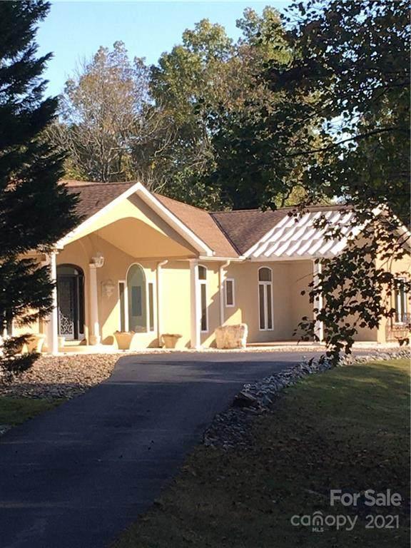 403 Pinewood Lane, High Point, NC 27262 (#3799165) :: LePage Johnson Realty Group, LLC