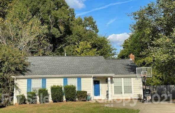 2000 David Earl Drive, Charlotte, NC 28213 (#3799351) :: Homes Charlotte