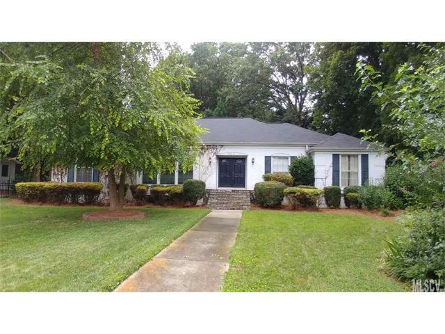 1025 15TH Avenue NW, Hickory, NC 28601 (#9595055) :: The Ramsey Group