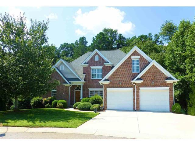 3105 18TH Street NE, Hickory, NC 28601 (#9595520) :: Charlotte Home Experts