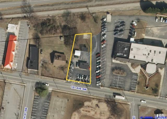 2408 1ST Avenue, Hickory, NC 28602 (#9596611) :: Exit Mountain Realty