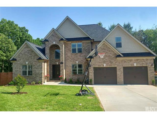1840 Waterbury Court, Hickory, NC 28602 (#9597102) :: Carlyle Properties