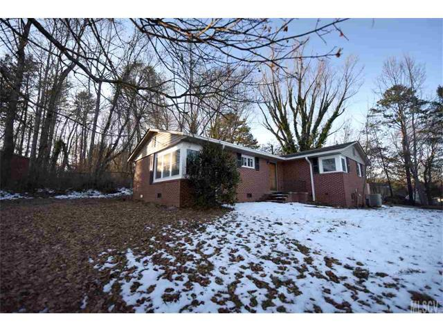 409 Walnut Place, Lenoir, NC 28645 (#9597455) :: SearchCharlotte.com