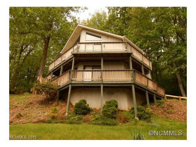 1506 Red Maple, Waynesville, NC 28785 (#NCM562277) :: LePage Johnson Realty Group, LLC