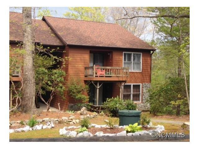 43 Toxaway Views Drive #104, Lake Toxaway, NC 28747 (#NCM583800) :: Miller Realty Group