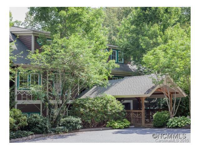 300 Creekside, B-301 Way, Burnsville, NC 28714 (#NCM588819) :: Exit Mountain Realty