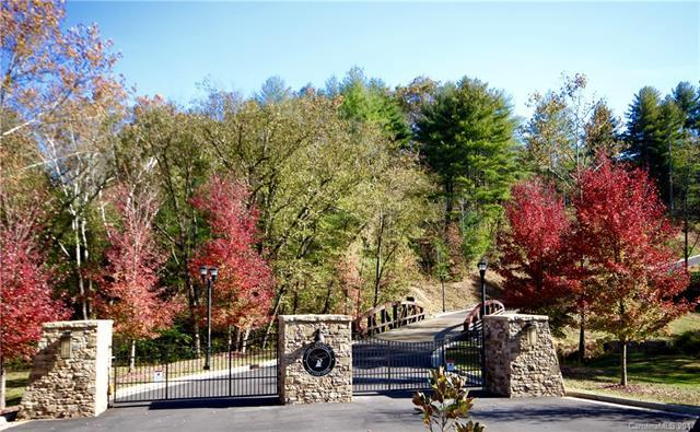 74 Crossing Circle #27, Fairview, NC 28730 (#3189764) :: Francis Real Estate