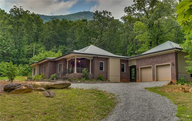 903 Rockwood Lane, Tryon, NC 28782 (#3193243) :: Rowena Patton's All-Star Powerhouse