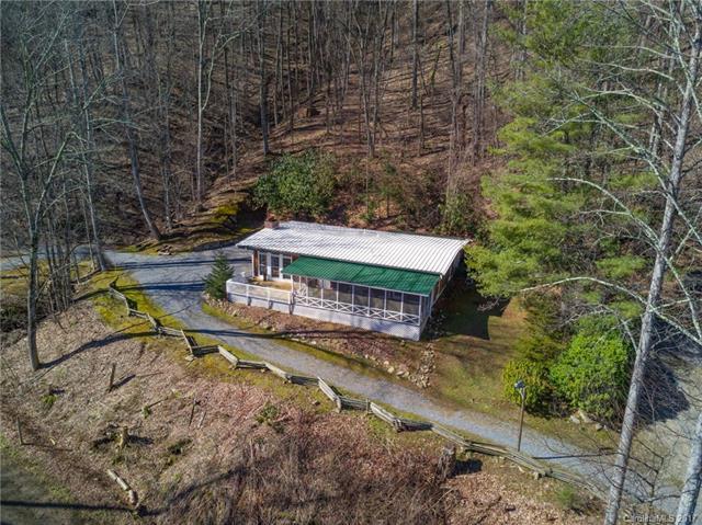 1785 Pot Leg Road, Waynesville, NC 28785 (#3257623) :: Puffer Properties