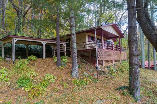 80 Eagles Nest Lane, Maggie Valley, NC 28751 (#3263706) :: The Andy Bovender Team