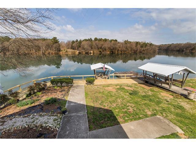 1909 Lake Drive, Charlotte, NC 28214 (#3265595) :: Keller Williams