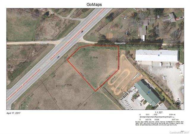 4891 Boylston Highway, Mills River, NC 28759 (#3271852) :: Caulder Realty and Land Co.