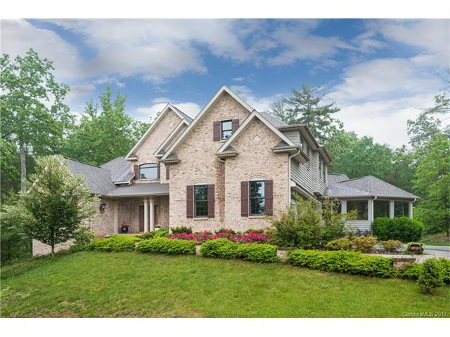25 Fox Chase, Hendersonville, NC 28739 (#3274500) :: The Ramsey Group
