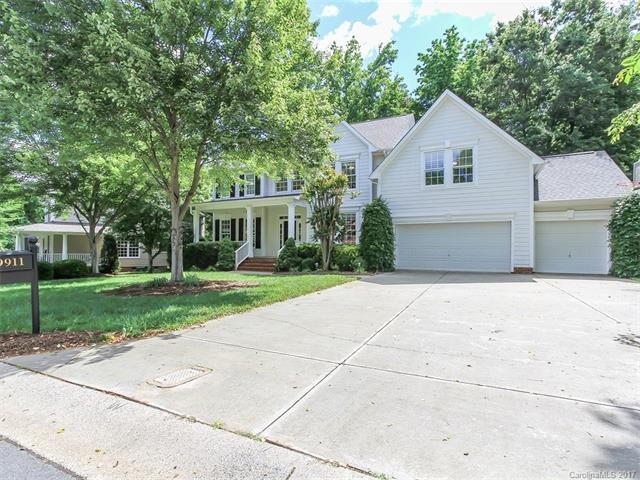 9911 Devonshire Drive, Huntersville, NC 28078 (#3283242) :: Pridemore Properties