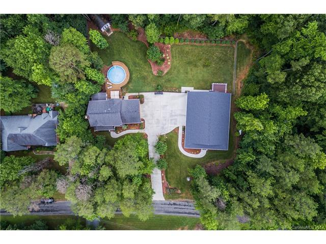 7016 Pinewood Forest Drive, Monroe, NC 28110 (#3290750) :: The Ann Rudd Group