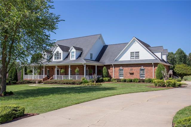 4090 Plantation Drive, Morganton, NC 28655 (#3314772) :: LePage Johnson Realty Group, LLC
