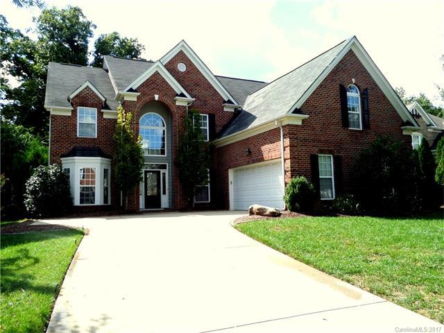 2316 River Oaks Drive, Waxhaw, NC 28173 (#3319374) :: The Sarver Group