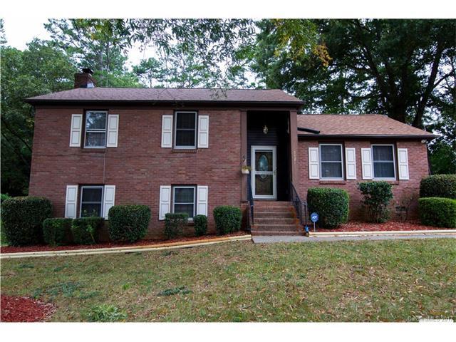 5421 Kerry Lane, Charlotte, NC 28215 (#3327064) :: LePage Johnson Realty Group, Inc.