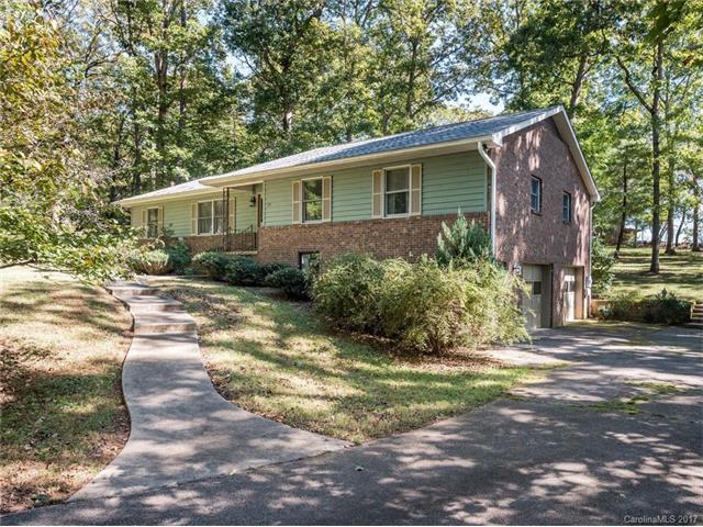 10 Erika Lane, Arden, NC 28704 (#3330735) :: High Performance Real Estate Advisors