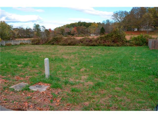 136 Springfield Meadow Drive #11, Etowah, NC 28729 (#3332173) :: Puffer Properties