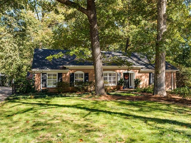 5525 Sharon View Road, Charlotte, NC 28226 (#3333898) :: TeamHeidi®