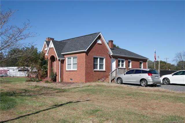 1000 W Catawba Avenue, Mount Holly, NC 28120 (#3334079) :: Odell Realty