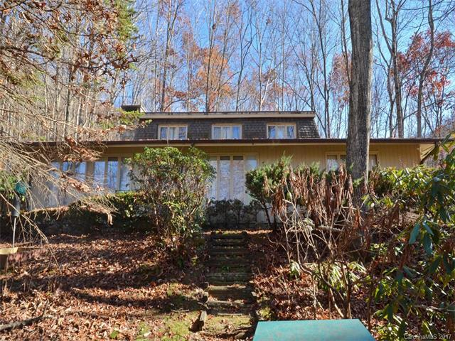 473 Wildcat Mountain Road, Waynesville, NC 28786 (#3336999) :: LePage Johnson Realty Group, LLC
