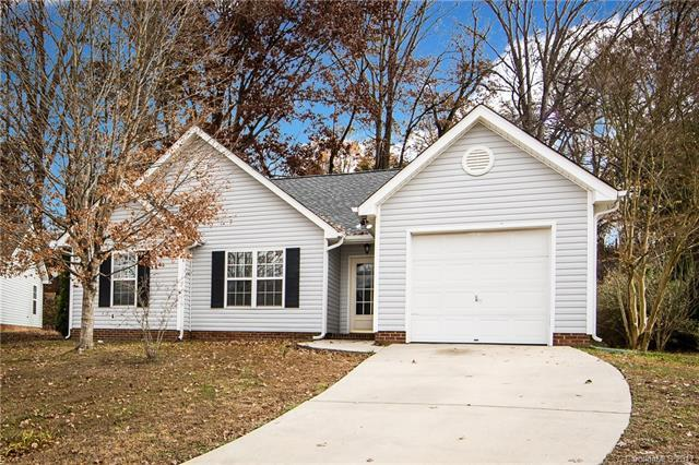 824 Silver Court, Charlotte, NC 28217 (#3342997) :: LePage Johnson Realty Group, LLC