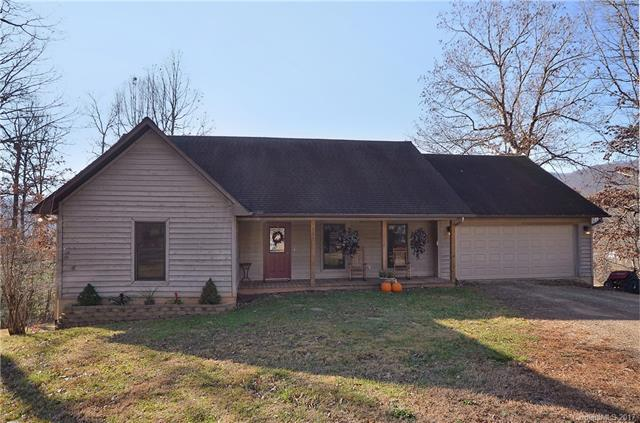 135 Acadia Place, Waynesville, NC 28786 (#3344394) :: Stephen Cooley Real Estate Group