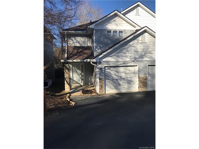 107 Ewarts Pond Road, Hendersonville, NC 28739 (#3345952) :: Miller Realty Group