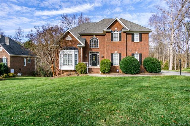 5634 Anglesey Court, Matthews, NC 28104 (#3347539) :: Exit Mountain Realty
