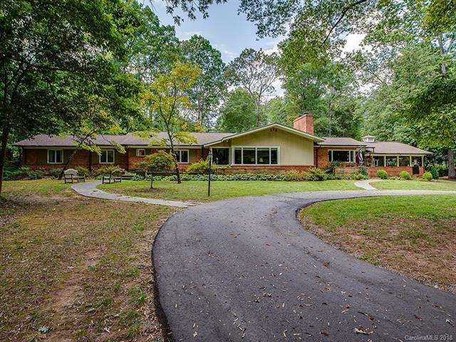 1031 Huntington Park Drive, Charlotte, NC 28211 (#3351261) :: Exit Mountain Realty