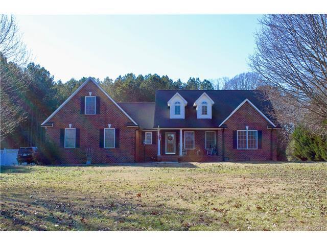 2393 Killian Road, Lincolnton, NC 28092 (#3351609) :: Puma & Associates Realty Inc.