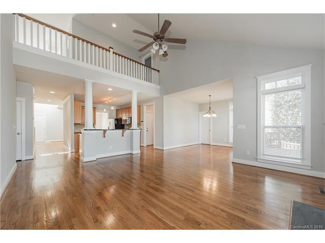 843 Brooksmill Drive, Tega Cay, SC 29708 (#3352317) :: Stephen Cooley Real Estate Group