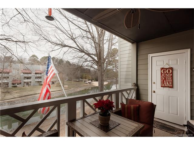 20101 Henderson Road Unit D, Cornelius, NC 28031 (#3353106) :: The Temple Team