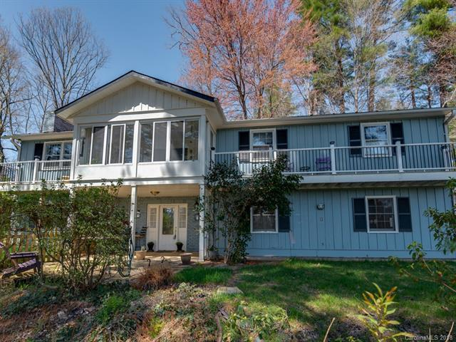 105 Crooked Creek Road, Hendersonville, NC 28739 (#3353340) :: High Performance Real Estate Advisors