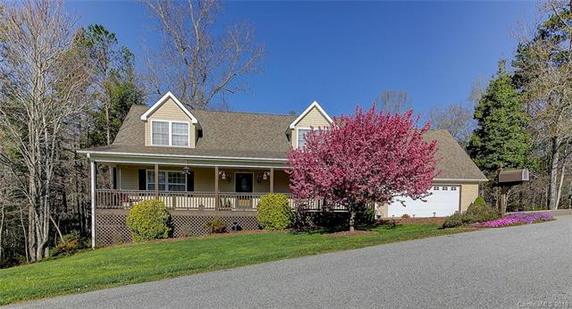 221 Scenic Ridge Drive, Hendersonville, NC 28792 (#3355471) :: Odell Realty Group