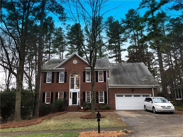 4501 Crownvista Drive, Charlotte, NC 28269 (#3355824) :: The Ramsey Group