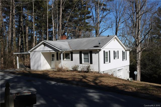 310 Armstrong Avenue, Hendersonville, NC 28739 (#3356614) :: Puffer Properties