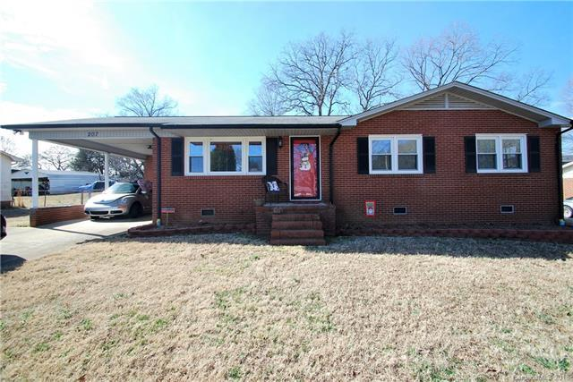 207 Starview Lane, Dallas, NC 28034 (#3357124) :: Cloninger Properties
