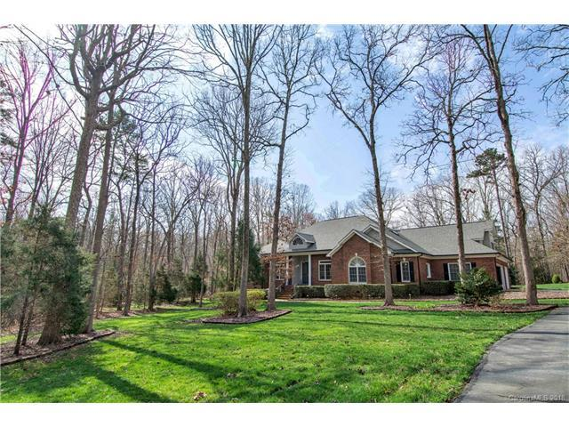 3616 Sandalwood Lane, Marvin, NC 28173 (#3358364) :: The Ann Rudd Group