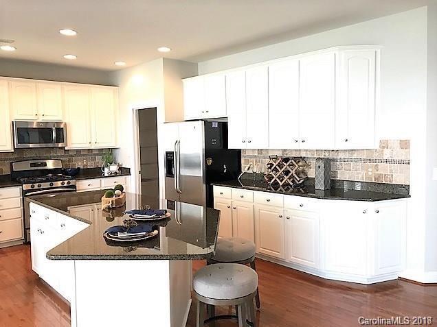 6915 Augustine Way, Charlotte, NC 28270 (#3358512) :: LePage Johnson Realty Group, LLC