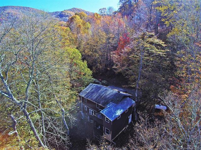 879 Spruce Flats Road, Maggie Valley, NC 28751 (#3358962) :: Rinehart Realty