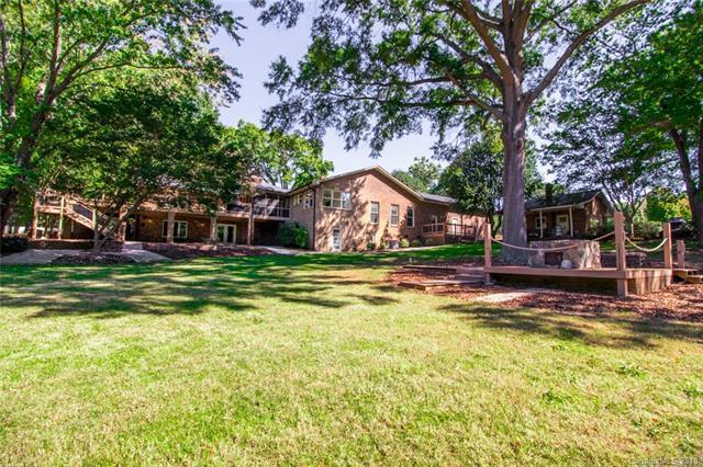 19429 Laurel Glen Avenue, Cornelius, NC 28031 (#3359259) :: Cloninger Properties