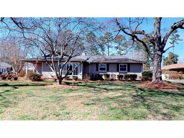 900 Lansdowne Road, Charlotte, NC 28270 (#3360044) :: Exit Realty Vistas