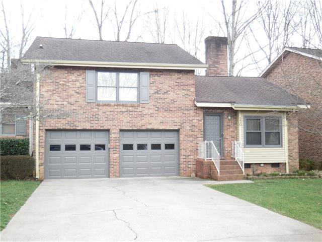 530 6th Street Circle Street, Conover, NC 28613 (#3361354) :: The Elite Group