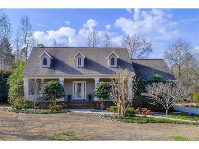 709 Falling Water Drive, York, SC 29745 (#3362150) :: Exit Mountain Realty